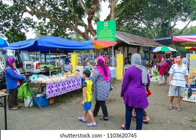 Keningau,Sabah,Malaysia-Apr 21,2018:View of local market called Tamu in Apin Apin,Keningau,Sabah Borneo,Malaysia.Its a place where all farmers & vendors gathers weekly to sell their products.