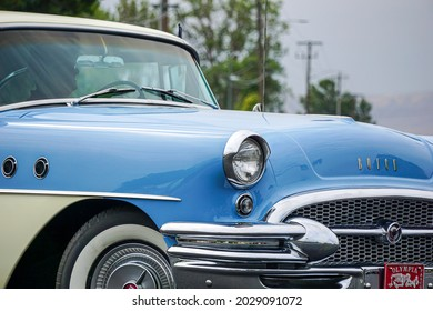 KENNEWICK, WA - AUGUST 21, 2021:Classic Buick automobile at the Benton Franklin County Fair parade