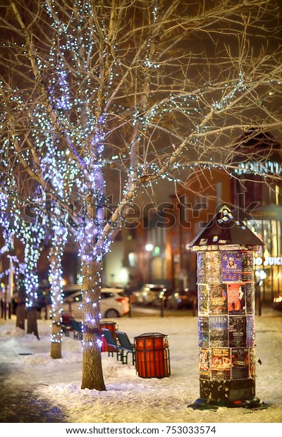Christmas In Calgary Canada.Kensington Calgary Alberta Canada Nov 10 Stock Photo Edit