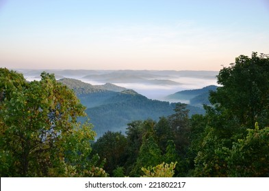Kentucky Appalachian Mountains at sunrise with fog in the valleys