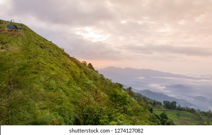 Kerala Natural Beauty, Green hill Top View of Palakkayam Thattu Kannur place to visit holidays