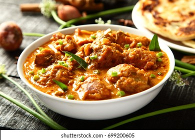 Kerala recipe - Delicious homemade chicken curry.