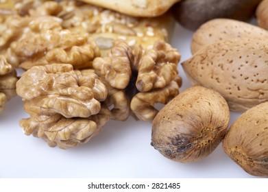 kernel, almonds