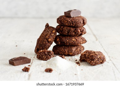 Keto Chocolate Cookies with almond and coconut flour. Atkins, ketogenic.