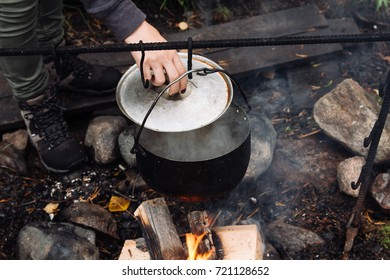 kettle and pan for campfire