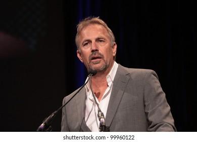 Kevin Costner  at Annette Bening Honored at Santa Barbara Film Festival, Arlington Theatre, Santa Barbara, CA. 01-28-11