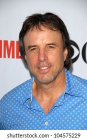 Kevin Nealon at the CBS, CW and Showtime All-Star Party. Huntington Library, Pasadena, CA. 08-03-09