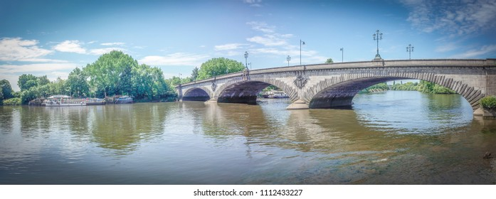 Kew Bridge panorama in west London, grade ii listed bridge over the river Thames