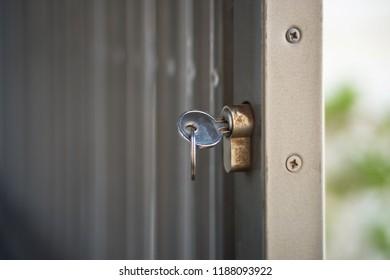 Key Lock Aluminum Door Bars
