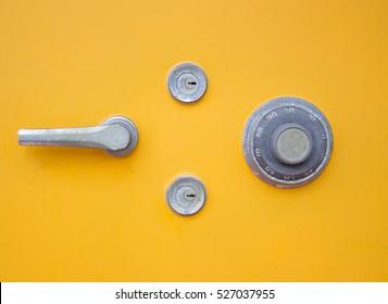 key lock safety box
