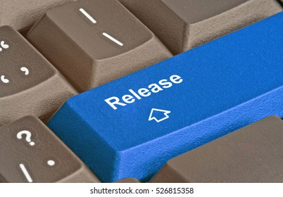 Keyboard with hot key release