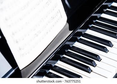 Keys on PIANO