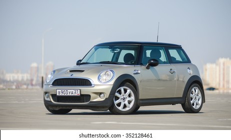 KHABAROVSK, RUSSIA - April 4, 2014: car mini Cooper is on a large Parking