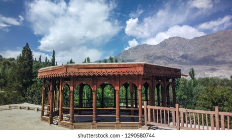 The (Khaplu) Fort on the way to glaciers