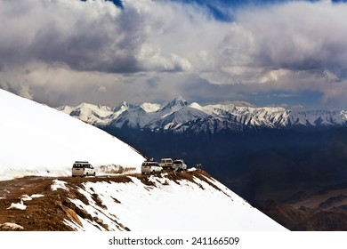 Khardung La pass, India. Khardung La is a high mountain pass located in the Ladakh region of the Indian state of Jammu and Kashmir. The elevation of Khardung La is 5,359 m.