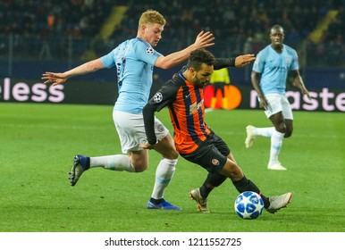 KHARKIV, UKRAINE - 23 OCTOBER 2018: Kevin De Bruyne and Wellington Nem during UEFA Champions League match Shakhtar - Manchester City at Metalist Stadium