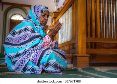 Khartoum, Sudan - Dec 19, 2015: Portrait of an old Sudanese woman praying.