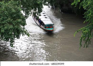 Khlong saen saep express boat
