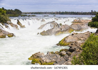 Khon Phapheng is the largest falls on the Mekong River, in the 4,000 Islands area, Laos