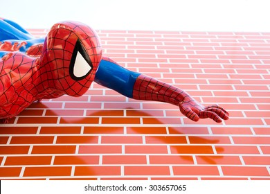 Spiderman Mask Images, Stock Photos & Vectors | Shutterstock