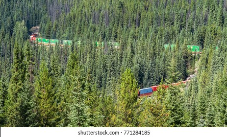 The Kicking Horse Pass between Banff and Yoho National Parks is one of the most important passes in the Rockies for the Canadian Pacific Railway - – Kicking Horse Pass, Yoho National Park, Canada
