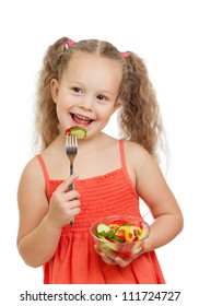 kid eating healthy food vegetables