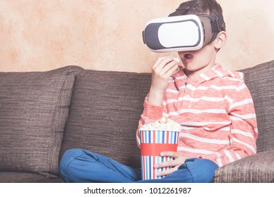 Kid experiencing virtual reality at home