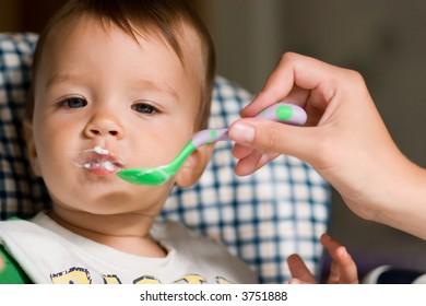 Kid feeding