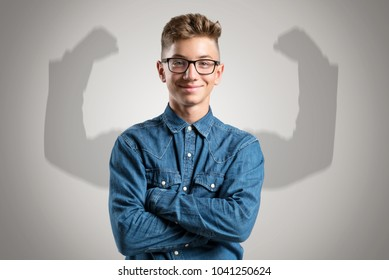 Kid has shadow with strong arms
