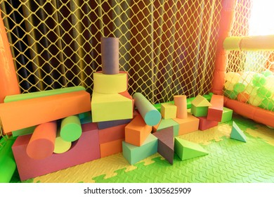 Kid room toy with colorful shape