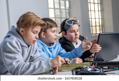 Kids exploring electricity, robotics and radio controlled toys, learning every day