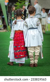 Kids in Romanian traditional costumes