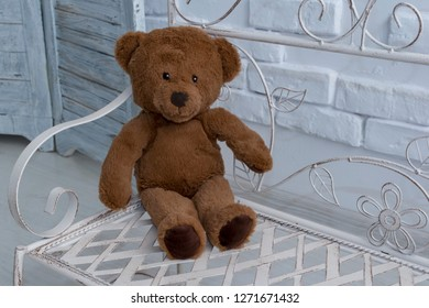 Kids toy - brown puffy bear.