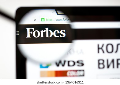 Kiev, Ukraine - april 5, 2019: Forbes website homepage. It is an American business magazine. Forbes.com logo visible.