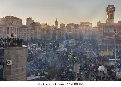 KIEV, UKRAINE - DECEMBER 14: Demonstrators protest on Independence Square EuroMaidan during peaceful actions against the Ukrainian president and government on December 14, 2013 in Kiev, Ukraine.