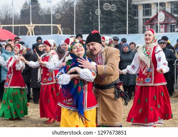 Kiev, Ukraine - February 26, 2017: the celebration of the Maslenitsa (Shrovetide) in the city. Traditional dances and games in folk costumes.