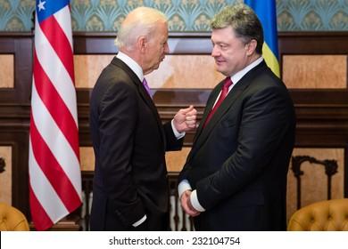 KIEV, UKRAINE - NOV 21, 2014: President of Ukraine  Petro Poroshenko and vice president of USA Joe Biden during their meeting in Kiev