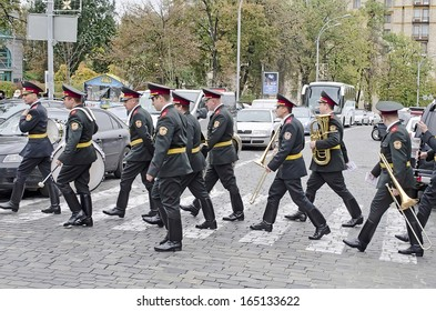 KIEV, UKRAINE - OCTOBER 01: Military band at the funeral of Chief of the Security Service of Ukraine - Directorate for Combating Terrorism - Alexander S. Birsan on October 01, 2013 in Kyiv, Ukraine