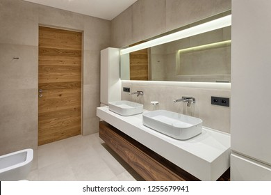 Kiev, Ukraone - september, 18, 2018. The interior of the bathroom in a contemporary style using natural materials.