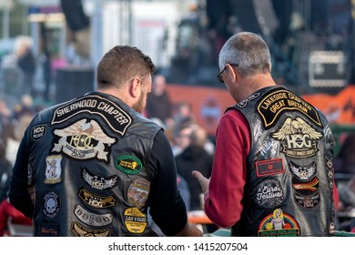 """Killarney, County Kerry, Ireland. 31 May 2019. """"Harley Davidson"""" Bike Fest gathering. The annual international festival is in its 13th year. Two 2 British Harley Davidson riders having a chat."""