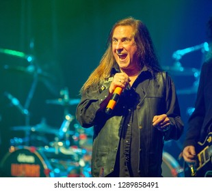 Killer Dwarfs Nov. 10 2018 at the Muisic Hall and Concert Theatre , Oshawa , Ontario , Canada Russ Graham lead singer of the Killer Dwarfs.