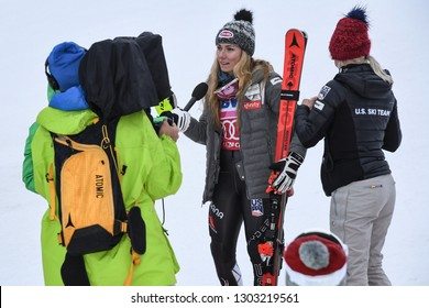 KILLINGTON, USA - NOVEMBER 25: Mikaela Shiffrin giving away interview during the Audi FIS Alpine Ski World Cup Women's Giant Slalom on November 25, 2018 in Killington USA.