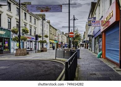 KILMARNOCK TOWN, SCOTLAND - SEPTEMBER 18, 2017: King St Kilmarnock providing access to a range of popular shop choices.