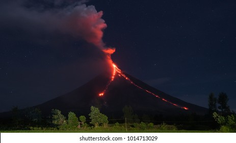 Kilometer-Long of Lava Flow from Mayon Volcano Crater, Cagsawa Ruins, Albay.
