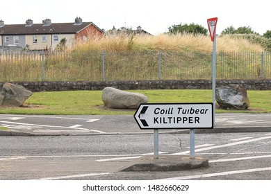 Kiltipper way, Tallaght, Dublin, Ireland. 02.08.2019.  Kiltipper direction.