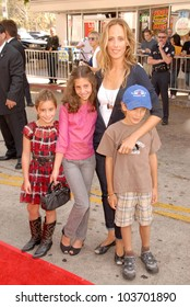 Kim Raver and family at the Los Angeles Premiere of 'Cloudy With A Chance of Meatballs'. Mann Village Theatre, Westwood, CA. 09-12-09