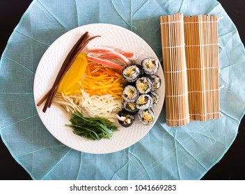 Kimbap filled with vegetables, egg and ham