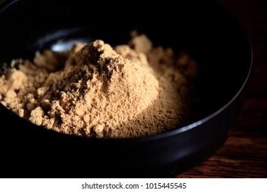 Kinako , also known as roasted soybean flour, is a product commonly used in Japanese cuisine.