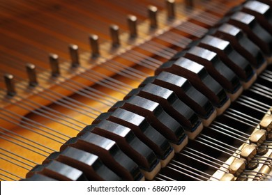 Kind on a grand piano from within
