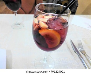 A kind of Spanish alcohol Sangria